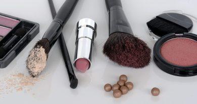 TODA BONITA:Cuidados com a maquiagem no frio!