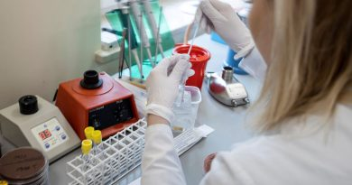 Brasil confirma intenção de aderir à Covax, para desenvolvimento de vacina contra covid-19