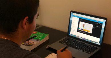 Procura por cursos on-line dispara e alunos aprendem redação pela internet